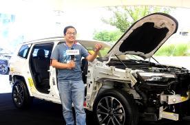 把大指挥官拆开,就知道有一种SUV叫Jeep,另外的叫其他