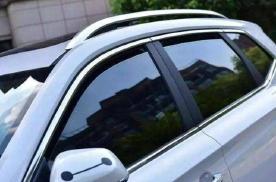 夏季会有很多车子车窗不关紧,有什么特别作用么?
