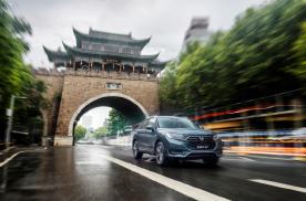 在武汉的48天:一个人,一辆车,一座城