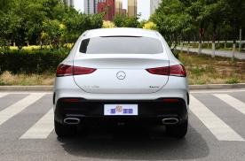 豪华轿跑SUV标杆,新车轴距超2米9,奔驰GLE Coupe有多强?