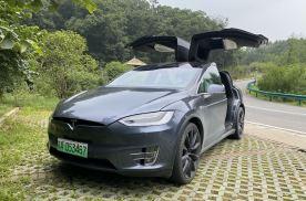 有豪华车的价格却没有豪华质感?Model X还值得我们买吗