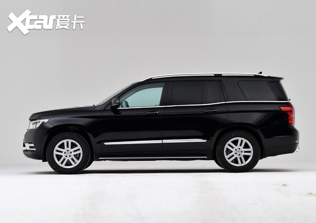 北汽勇气可嘉,旗下SUV售价超128万,搭奔驰4.0T动力,轴距达3米1