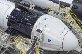 SpaceX载人上太空:九个关键阶段与两位优秀的宇航员