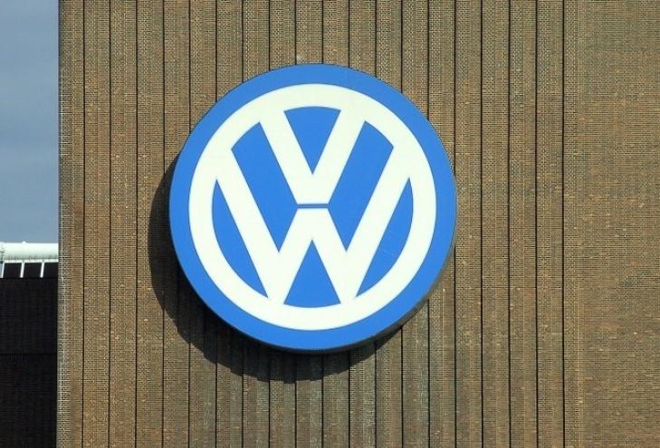 《【华宇娱乐开户】销量下滑,兼柴油排放受罚,大众上半年营收下滑23.2%》