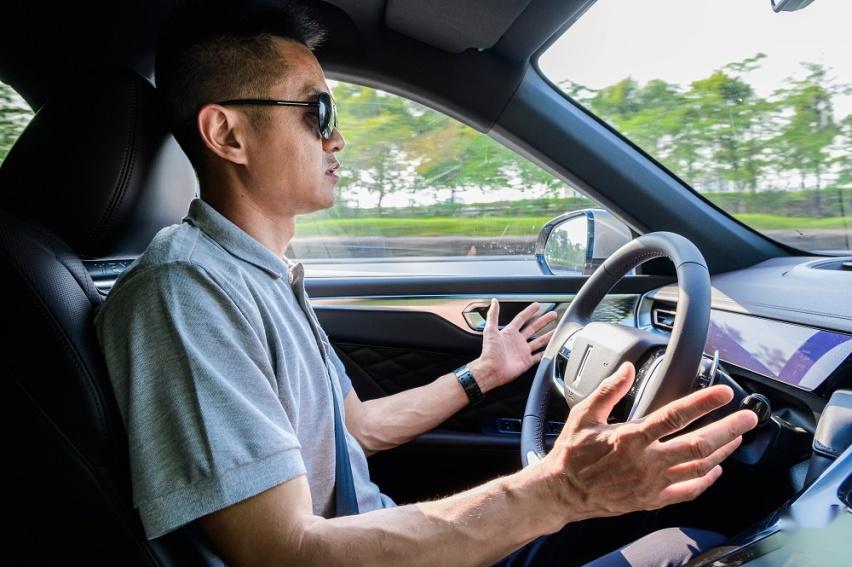 """上海车展WEY摩卡一预售,广州摩卡立刻""""开箱""""体验智能驾驶"""