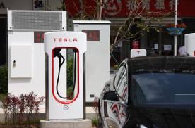 喜迎特斯拉V3超级充电站,15分钟200公里充电速度达成