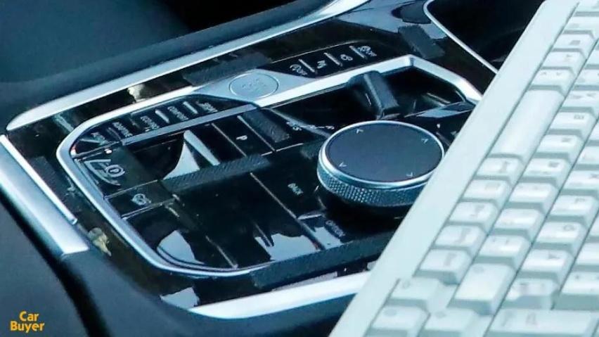 换装双联屏,水晶挡把消失,全新宝马X6在为市场妥协什么?