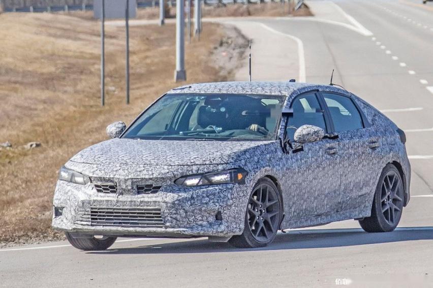 2022-Honda-Civic-2.jpg
