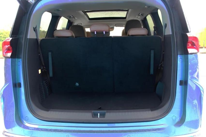 试驾上汽大通MAXUSG50 PLUS,一款让人满意的MPV