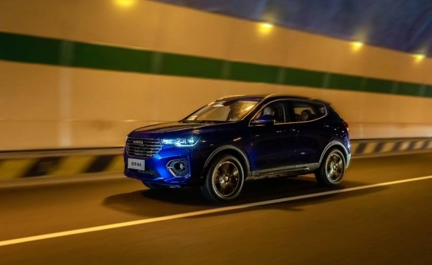 《【华宇在线娱乐注册】不到十万元的预算想买紧凑型SUV? 哈弗H4懂你》