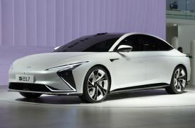 尺寸对标S级 科技赛特斯拉 这款40万出头的新车太牛了!