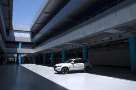 高效动力和超长续航,BMW iX3竟让人难以拒绝
