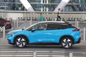 7万起售的国产小轿车,8年3次换代,动力还带T