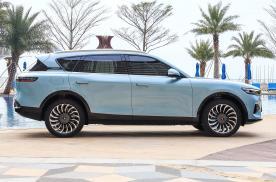 即将上市的国产SUV,连屏幕都是三个,全车10个丹拿音响