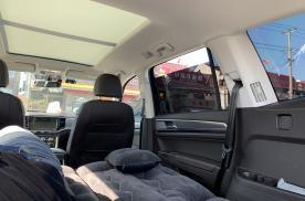 私家车跑高速时,后座摊平当床睡会被罚吗?很多司机不清楚