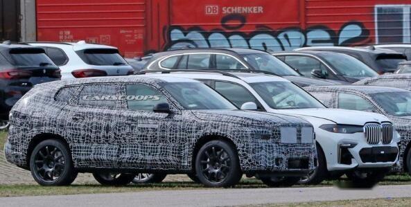 新款宝马X8的路试谍照,新车将于2021年发布
