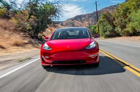 李想感叹Model 3碾压一切,反省时却犯了两个错儿?