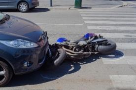 车少反而更致命?美国报告:疫情导致每英里死亡人数上升