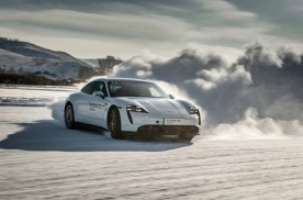 【专访】911将是最后一款电动化的车型
