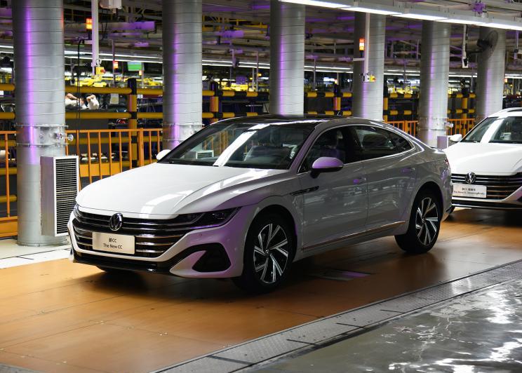 新款大众CC家族即将上市,将于10月31日开启预售-爱卡汽车爱咖号