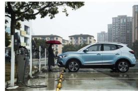 电动车遇到水该怎么开?电动车雨天能充电吗?