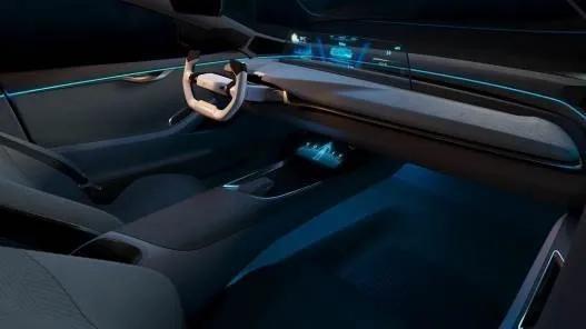 全新威马EX5-Z 14.98万元起,800km续航量产概念版Maven抢了风头