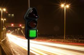 新国标红绿灯来了,走错6分不保!
