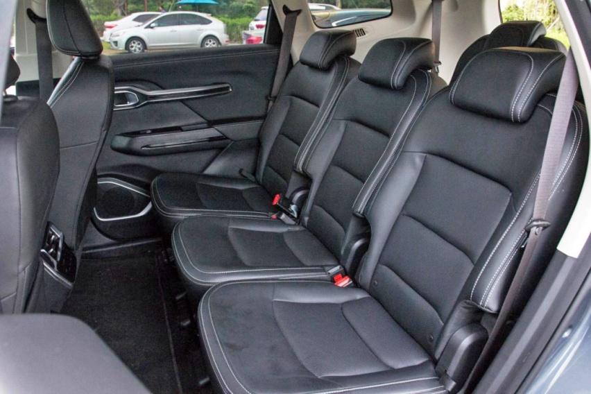 不输合资品牌的大7座SUV 吉利豪越有哪些不凡的硬实力?