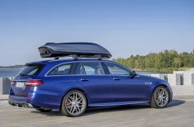 奔驰AMG推出原厂车顶箱,增加410升置物容积