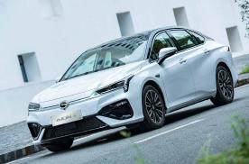 AION S成就中国品牌纯电车型高价值热销典范