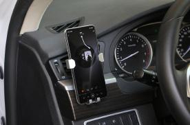 """汽车只能慢充?手机支架只能贴""""膏药""""?ORICO车载设备体验"""