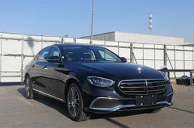 新款国产奔驰E级9月底上市,外观大改,低配仍用1.5T
