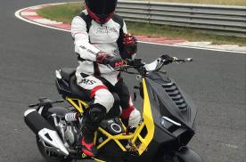 2021年最帅的代步工具 金城Dragster200踏板摩托