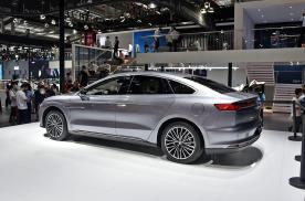 实车体验比亚迪汉EV:比Model 3和小鹏P7更精致!