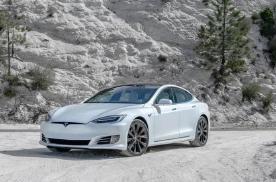 独家!特斯拉CEO:无人驾驶是靠乘客驱动的另一个搜索引擎