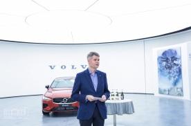李晓峰艺术作品在沃尔沃汽车品牌体验中心(中国)展出