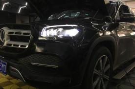 迈乐凯2020款奔驰GLS450改装原厂几何大灯效果