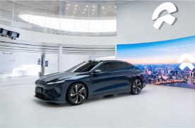 智能电动旗舰轿车ET7车展首秀,搭载最新自动驾驶技术