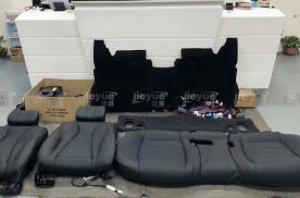 奔驰E300升级后排电动座椅,座椅通风,按摩,加热,后排娱乐