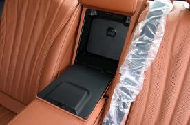 2021款21款奔驰S400L商务型改装后排电动座椅调节