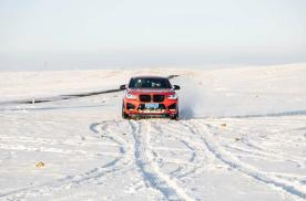 "BMW X3M & X4M与乌兰察布火山的""一日约会"""
