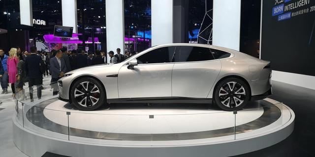 小鹏P7亮相上海车展 定位电动轿跑 搭载L3级自动驾驶技术