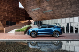 吉利汽车上半年销量超53万辆 完成全年销量目标38%