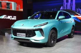 国产品牌开始炫技,东风全新轿跑SUV亮相!配雄狮车标
