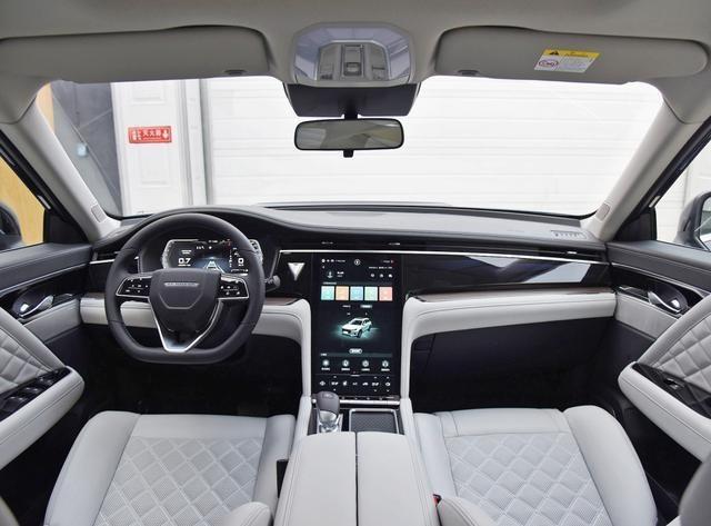 三菱的发动机,日产的技术,这款高性价比SUV只卖11万