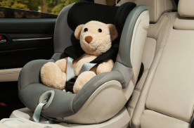 """来自儿童汽车安全座椅的""""保护"""""""