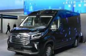 2021上海车展:上汽大通MAXUS V90墨发布