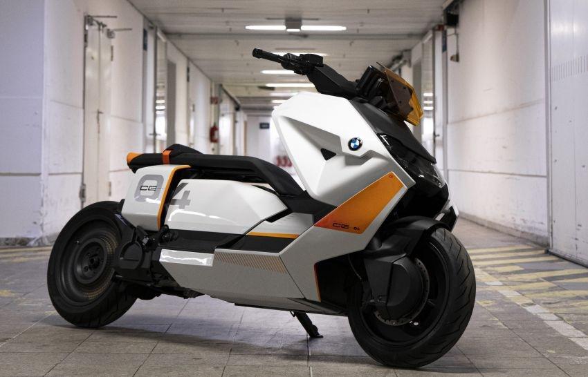 宝马推出CE 04电动摩托 重新定义电动踏板车 量产已经不远-爱卡汽车爱咖号