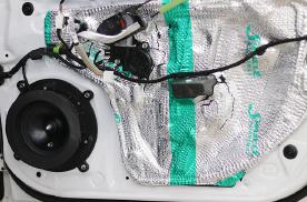 乌市马自达CX-4汽车音响改装黄金声学,JBL,STP隔音