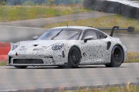 售价将超过20万欧元 保时捷新款911 GT3路试谍照
